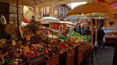 Marktstände auf Sizilien