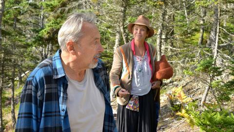 Harry (Wolfgang Stumph) kann über Susan (Katrin Sass) oft nur staunen.