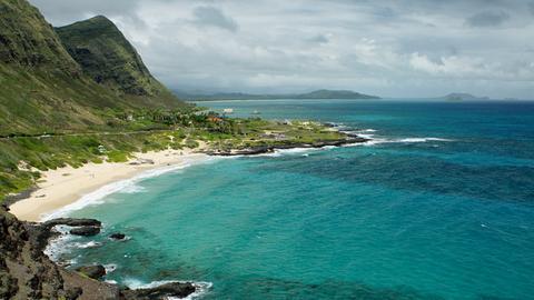 Blick auf die Windward-Küste der hawaiianischen Insel Oahu.
