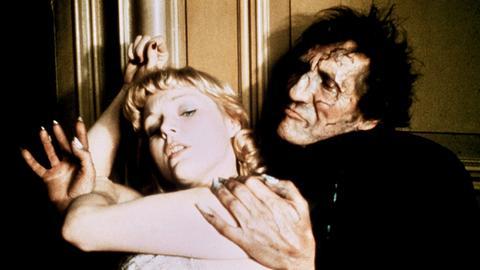 Der enterbte Charlie Wilder (Peter McEnery) hat sich als Psychopath verkleidet und die Millionenerbin Annabelle West (Carol Lynley) in seine Gewalt gebracht.
