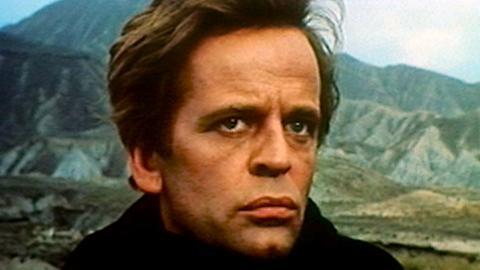 Klaus Kinski als Barrett.