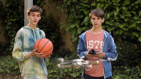 Zwei, die sich super verstehen, aber auch Unsinn im Kopf haben: Tanjas Sohn Simon (r.) und Sunnys Sohn Yannik.