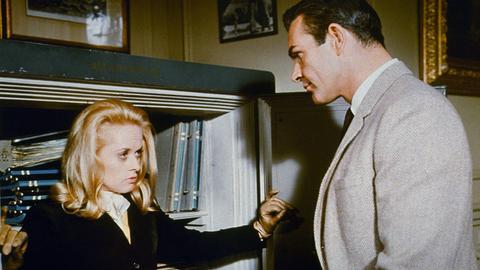 Mark Rutland (Sean Connery) ist es gelungen, Marnie (Tippi Hedren) zu stellen.