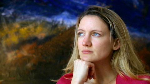 Die 31-jährige Natalie hat sich für die Operation eines Hörimplantates entschieden.