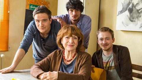Musikstudent Philip (Frederick Lau) und seine Großmutter Lisbeth (Hannelore Hoger) haben nicht gerade ein herzliches Verhältnis.