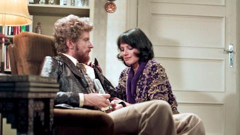 Dietrichs (Christian Steyer) und Irene Born (Friederike Aust).