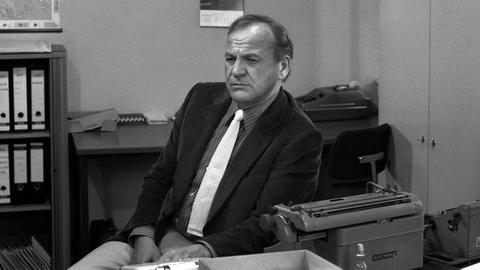 Siegfried Wischnewski als Privatdetektiv Frank Kross.