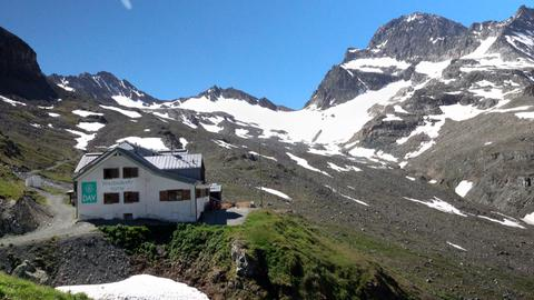 Die Wiesbadener Hütte am Piz Buin