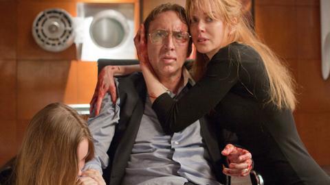 Kyle (Nicolas Cage), seine Frau Sarah (Nicole Kidman) und Tochter Avery (Liana Liberato) befinden sich in einem Alptraum, der Realität geworden ist.