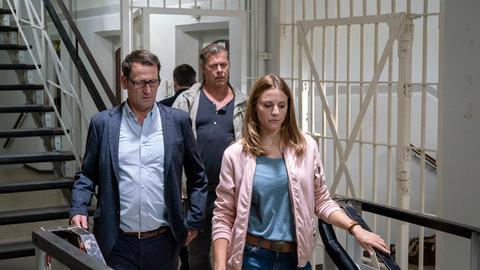 In der Lübecker Justizvollzugsanstalt wurde ein Häftling im Duschraum tot aufgefunden. Er wurde zusammengeschlagen und dabei tödlich am Kopf verletzt. Lars Englen (Ingo Naujoks), Finn Kiesewetter (Sven Martinek) und Nina Weiss (Julia Schäfle) nehmen die Ermittlungen auf.