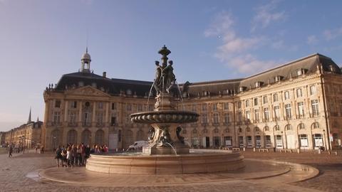 Blick auf das Palais de la Bourse in Bordeaux.