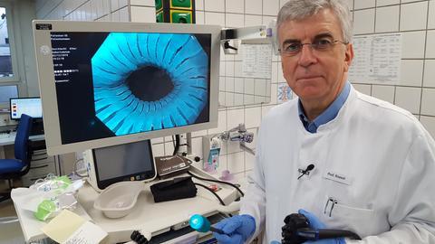 Prof. Siegbert Rossol ist Internist und Gastroenterologe am Krankenhaus Nordwest in Frankfurt