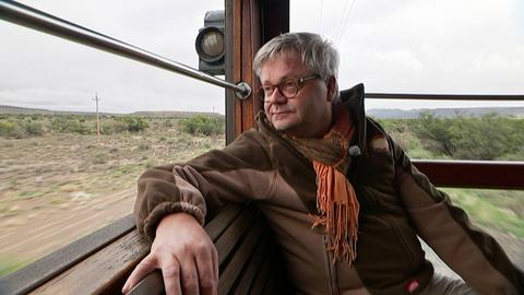 """Dr. Martin Lücke begleitet als Bordarzt den """"African Explorer""""."""