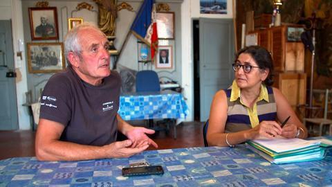 Gemeinsam mit den Umweltaktivisten ist Gérard Carrodano vor Gericht gezogen, um gegen die Umweltverschmutzung der Aluminiumfirma zu klagen, die ihm auch beruflich sehr geschadet hat.