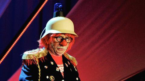 """Helmut Schad als """"Doof Nuss""""."""
