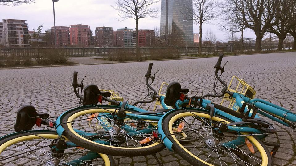 Herumliegende Leihräder sorgen allerorts für Unmut.