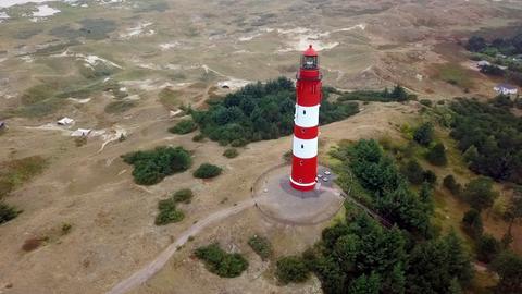 Der Leuchtturm Amrum im Süden der Nordseeinsel; er ist eines der Wahrzeichen von Amrum.