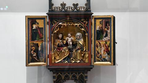 Altarbild der heiligen Anna, der Jungfrau und des Kindes.