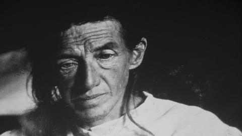 Ein Foto der Patientin Auguste Deter an der Alois Alzheimer erstmals die später nach ihm benannte Alzheimer-Krankheit nachwies.