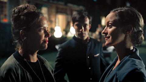Silvia Hochstetten (Patricia Aulitzky, li.), Maximilian (Christoph Luser) und Margarethe (Jeanette Hain).