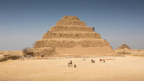 Die Djoser-Pyramide.