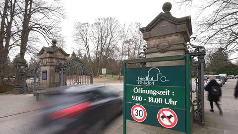 Eingang zum Friedhof Ohlsdorf