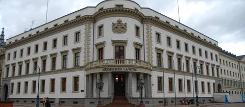 Außenansicht des Hessischen Landtags.