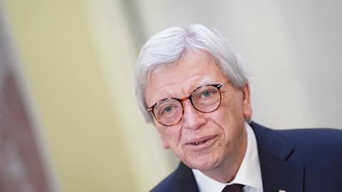 Ministerpräsiden Volker Bouffier (CDU) in Bundesratsitzung