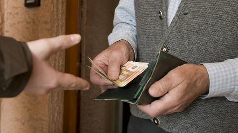 Betrüger Betrug Haustürgeschäft