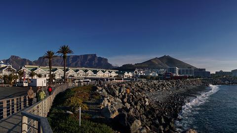 Panorama der berühmten Waterfront in Kapstadt
