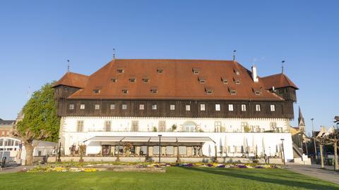 Blick auf das Konzilgebäude in Konstanz.