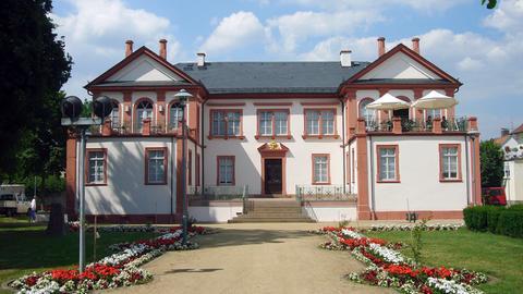 Blick auf das Museum Schloss Fechenbach in Dieburg.