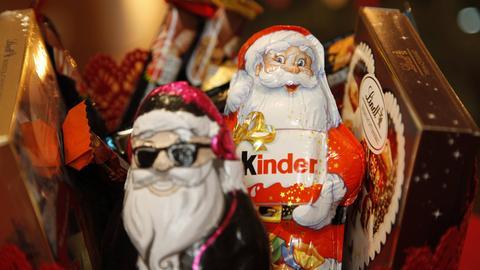 Weihnachtssüßigkeiten von Lindt und Kinder